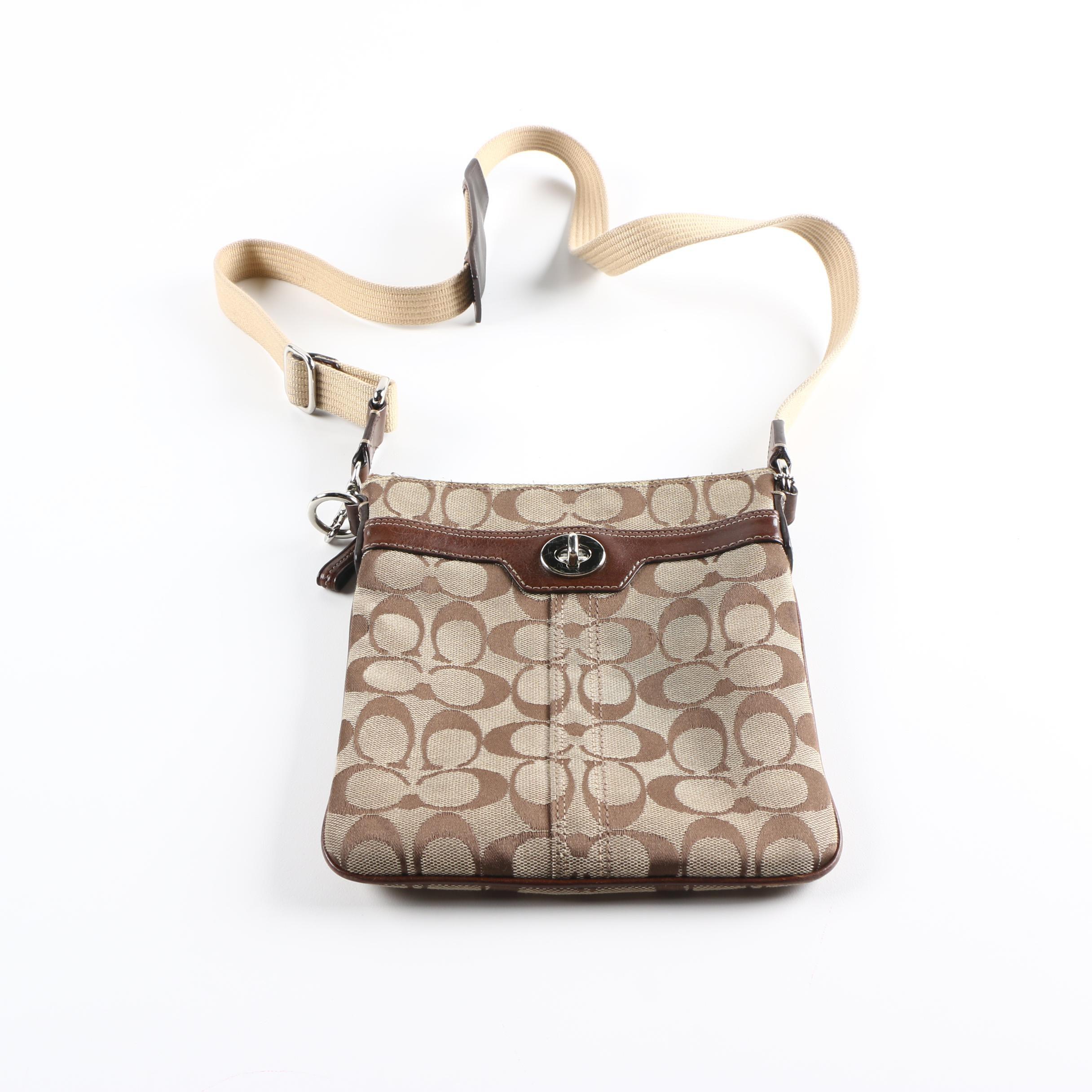 Coach Hamptons Signature Sling Bag