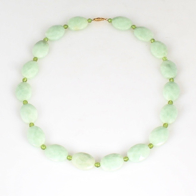 14K Yellow Gold Natural Peridot and Jadeite Necklace