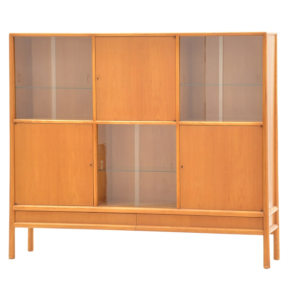 Mid Century Modern Robsjohn-Gibbings for Widdicomb China Cabinet