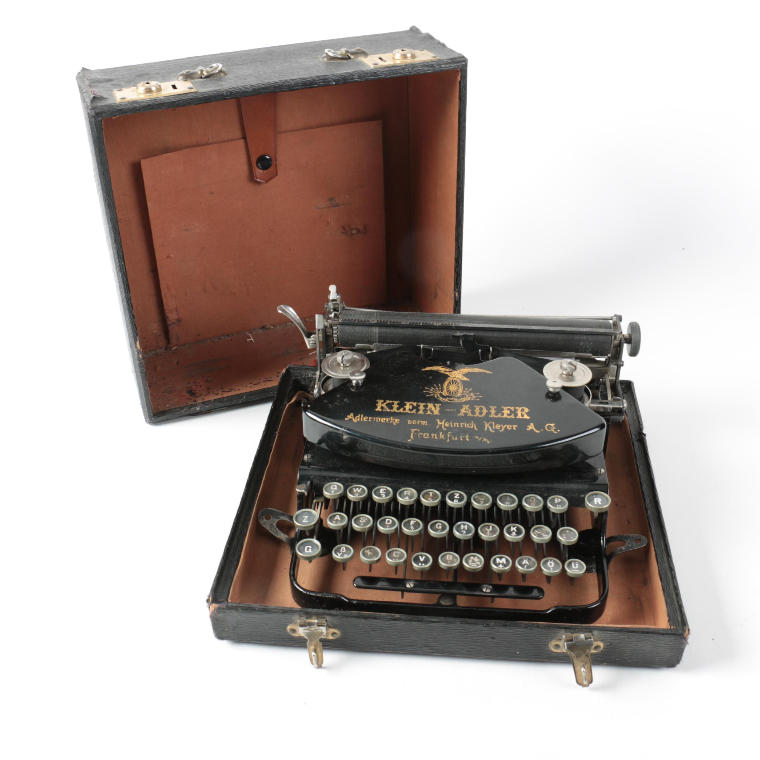 1910s-Era German Klein-Adler Portable Typewriter