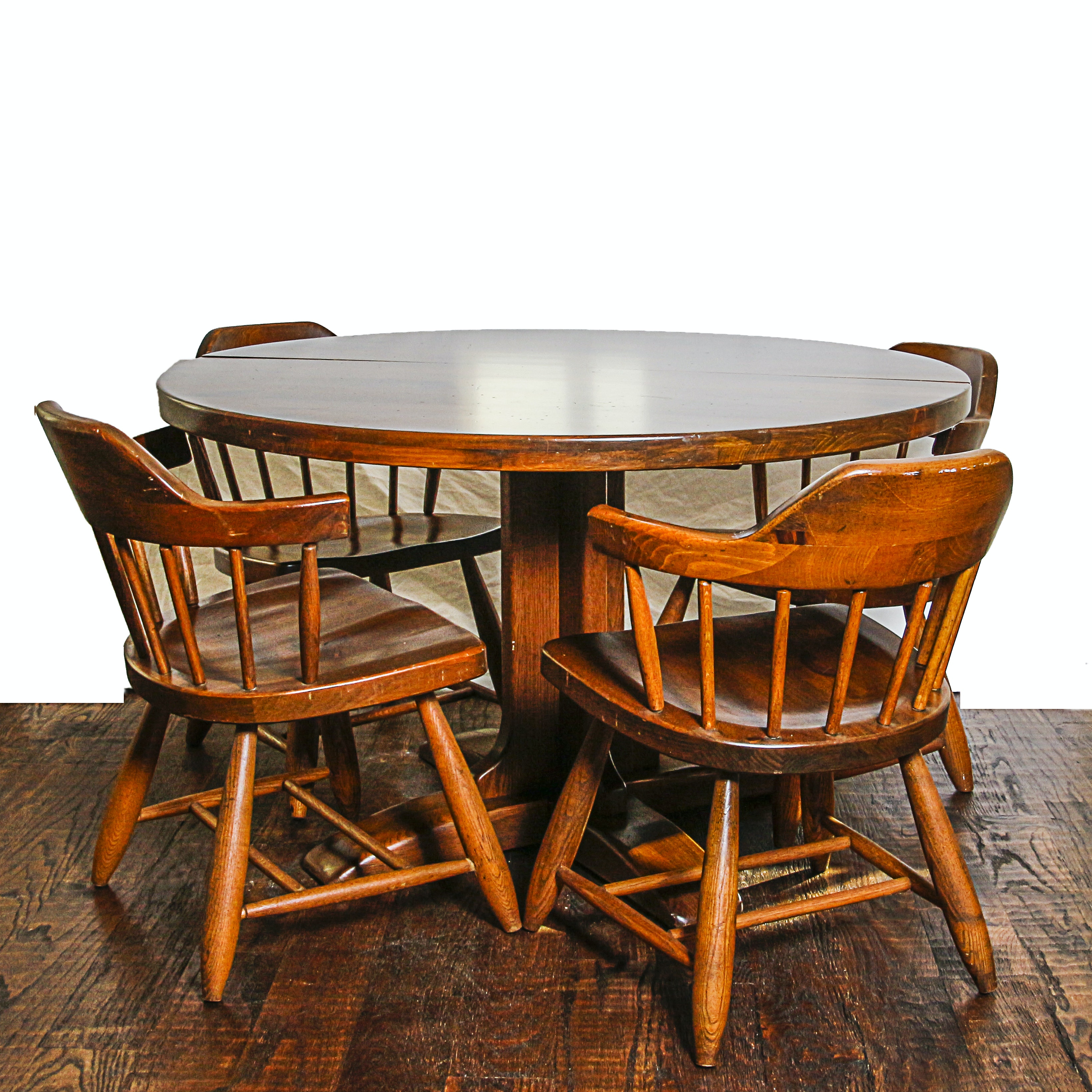 Colonial Style Oak Pedestal Table and Four Chairs
