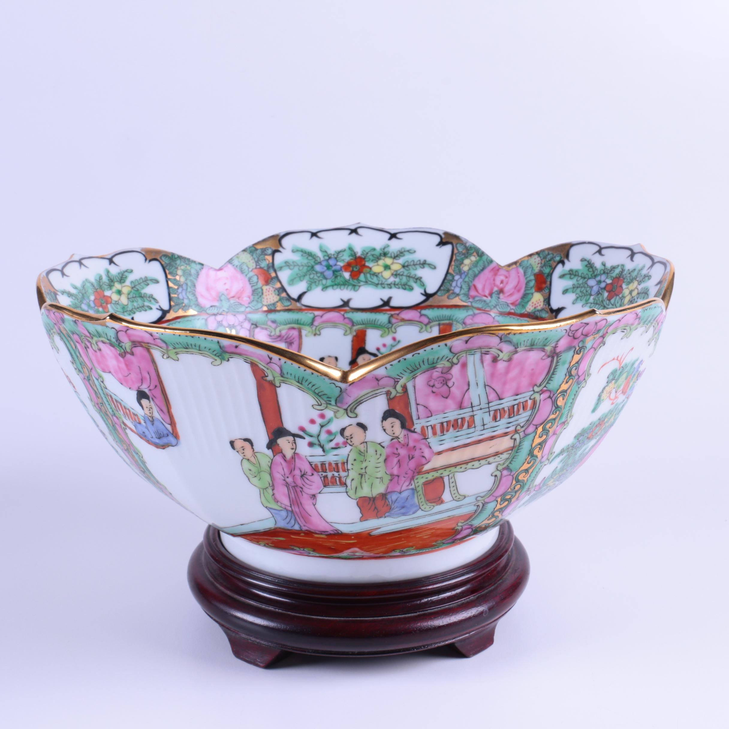 Chinese Rose Canton Hand-Decorated Porcelain Bowl