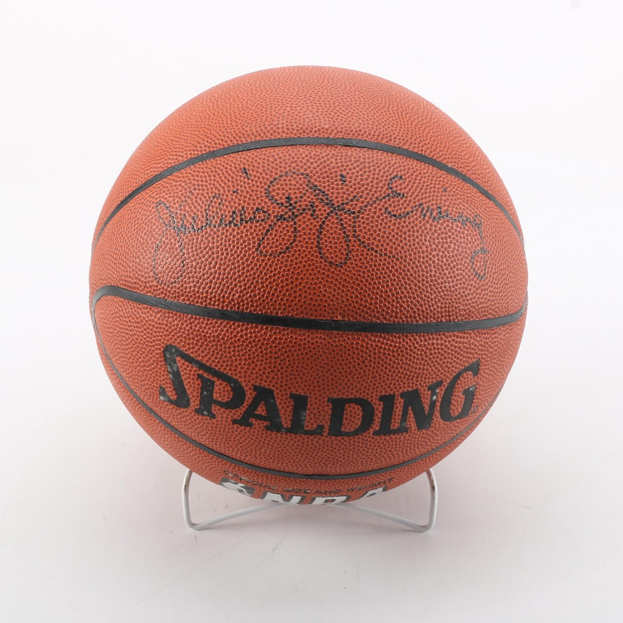 c3cfe9f5a537d Julius Erving Autographed Basketball