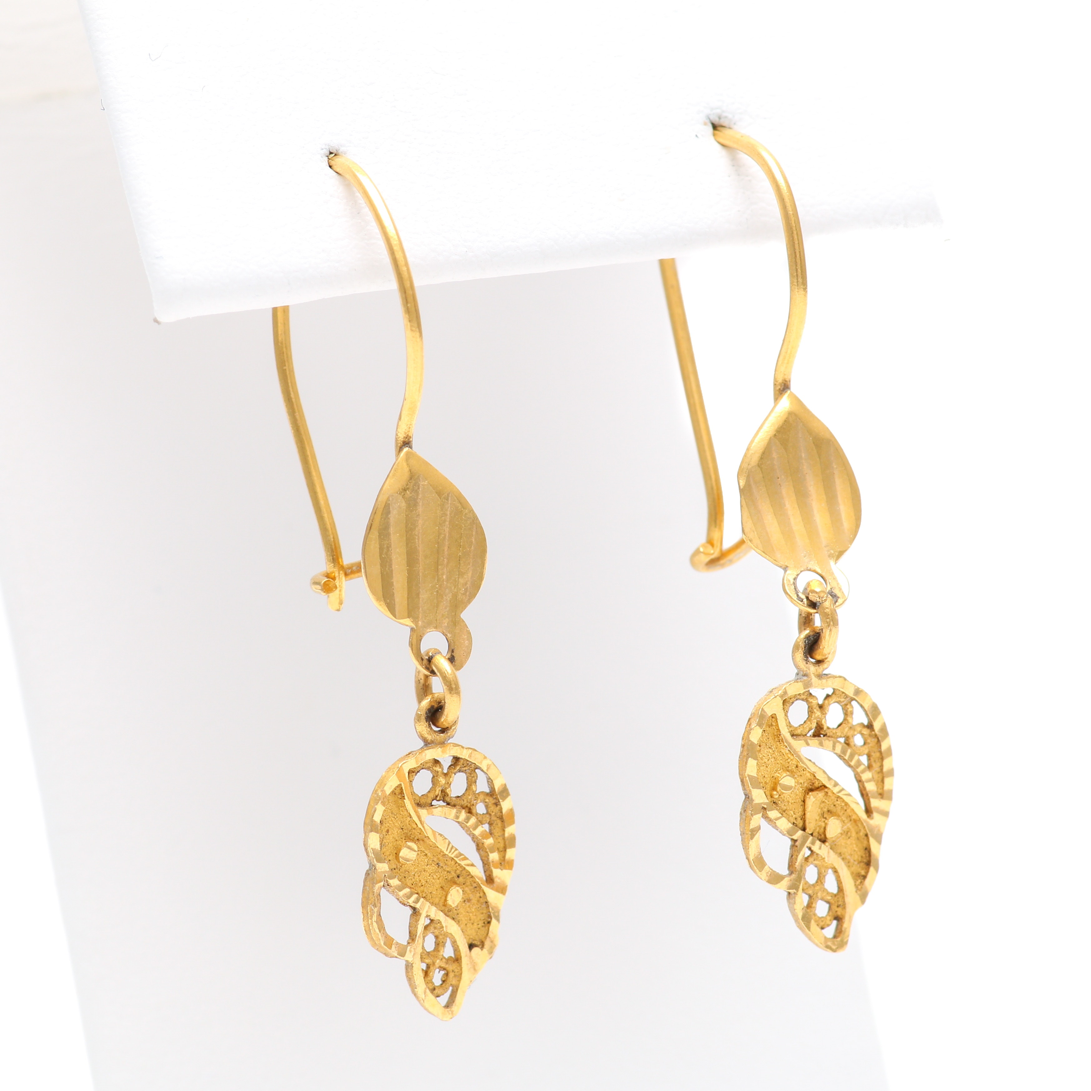 22K Yellow Gold Satin and Polished Openwork Earrings