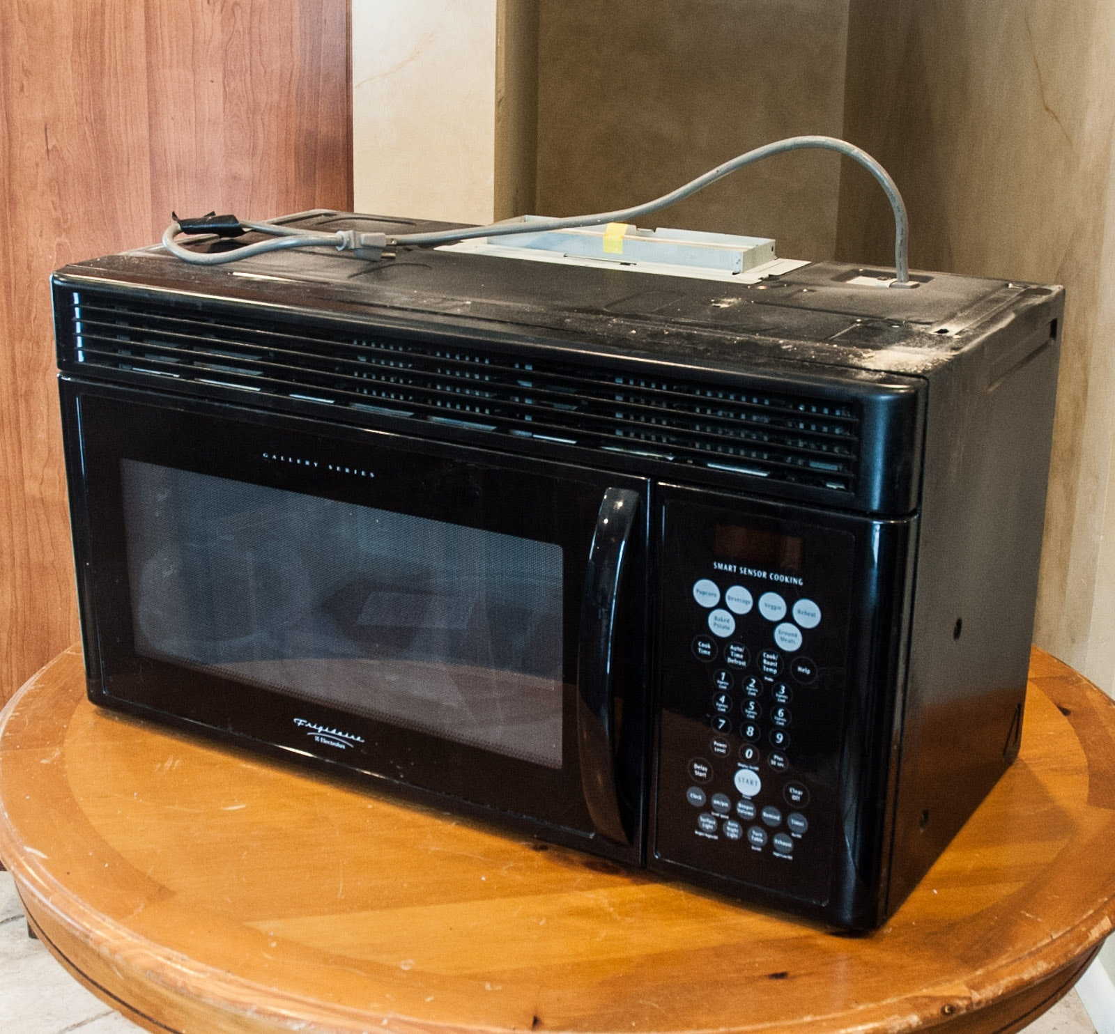 Frigidaire Electrolux Built In Microwave