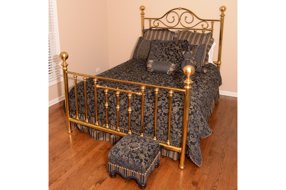 Queen Brass Bed with Bedding and Ottoman