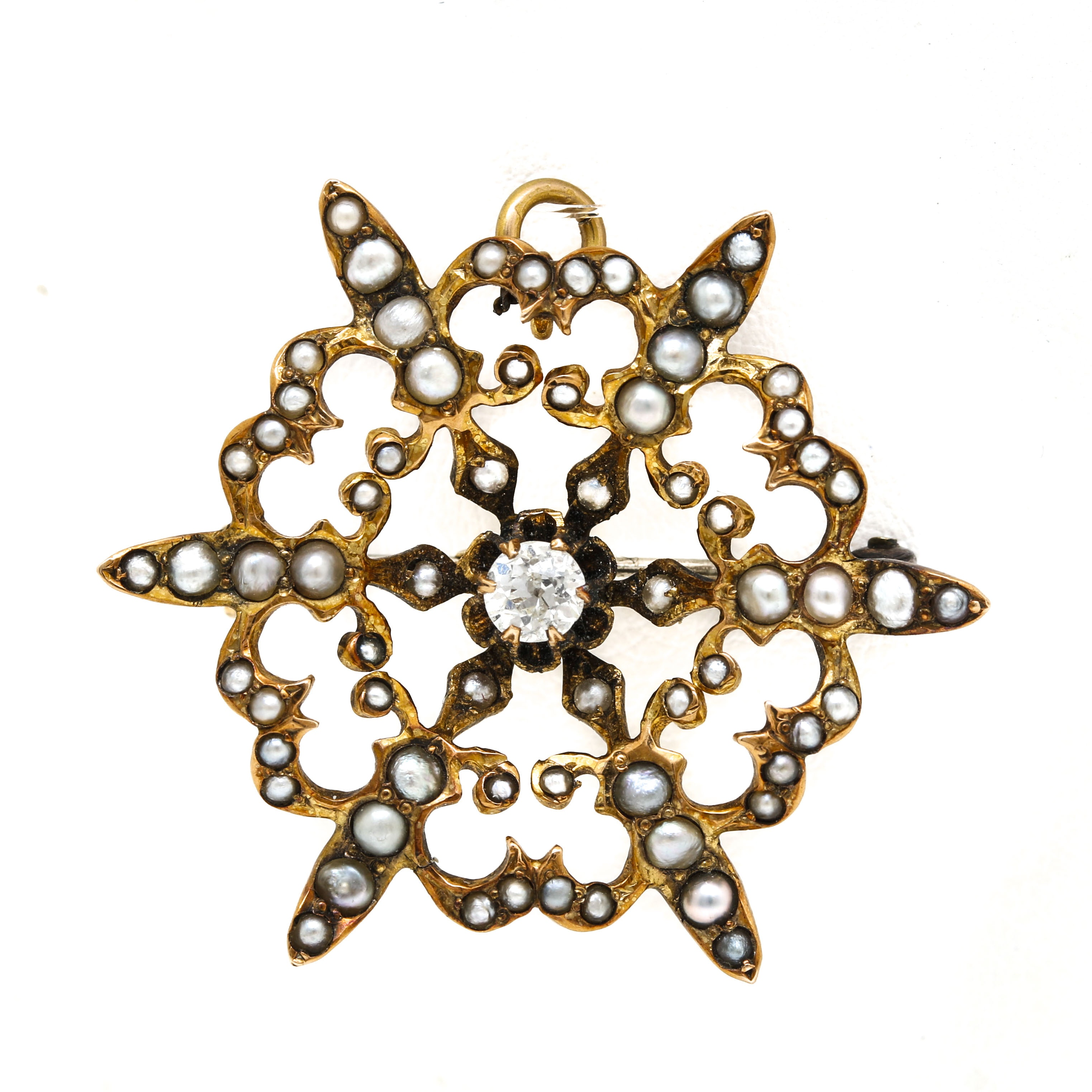 Antique 10K Yellow Gold Diamond and Pearl Brooch