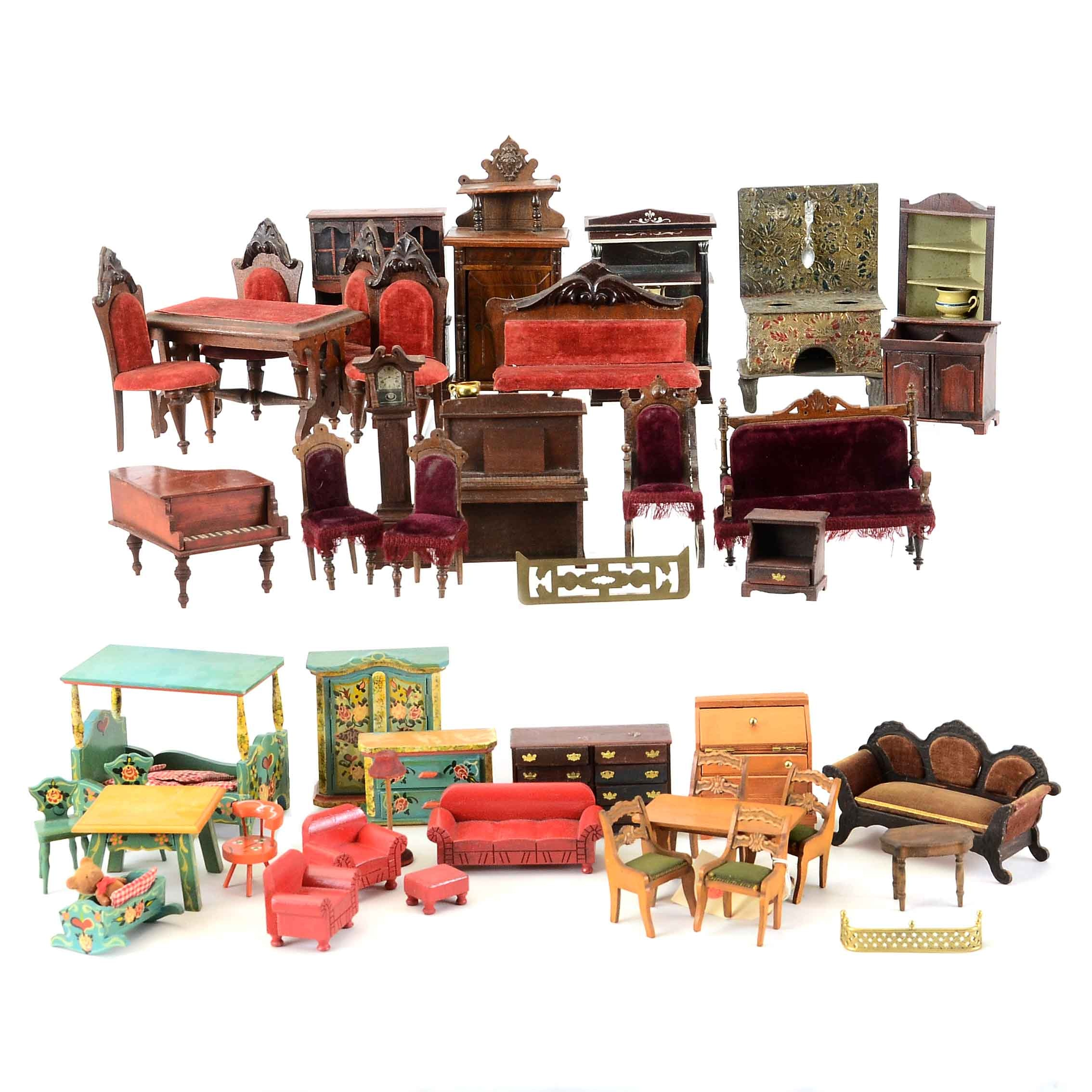 Collection of Mixed Vintage Doll House Furniture
