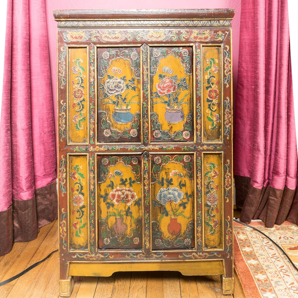 Vintage Chinese Painted Cabinet