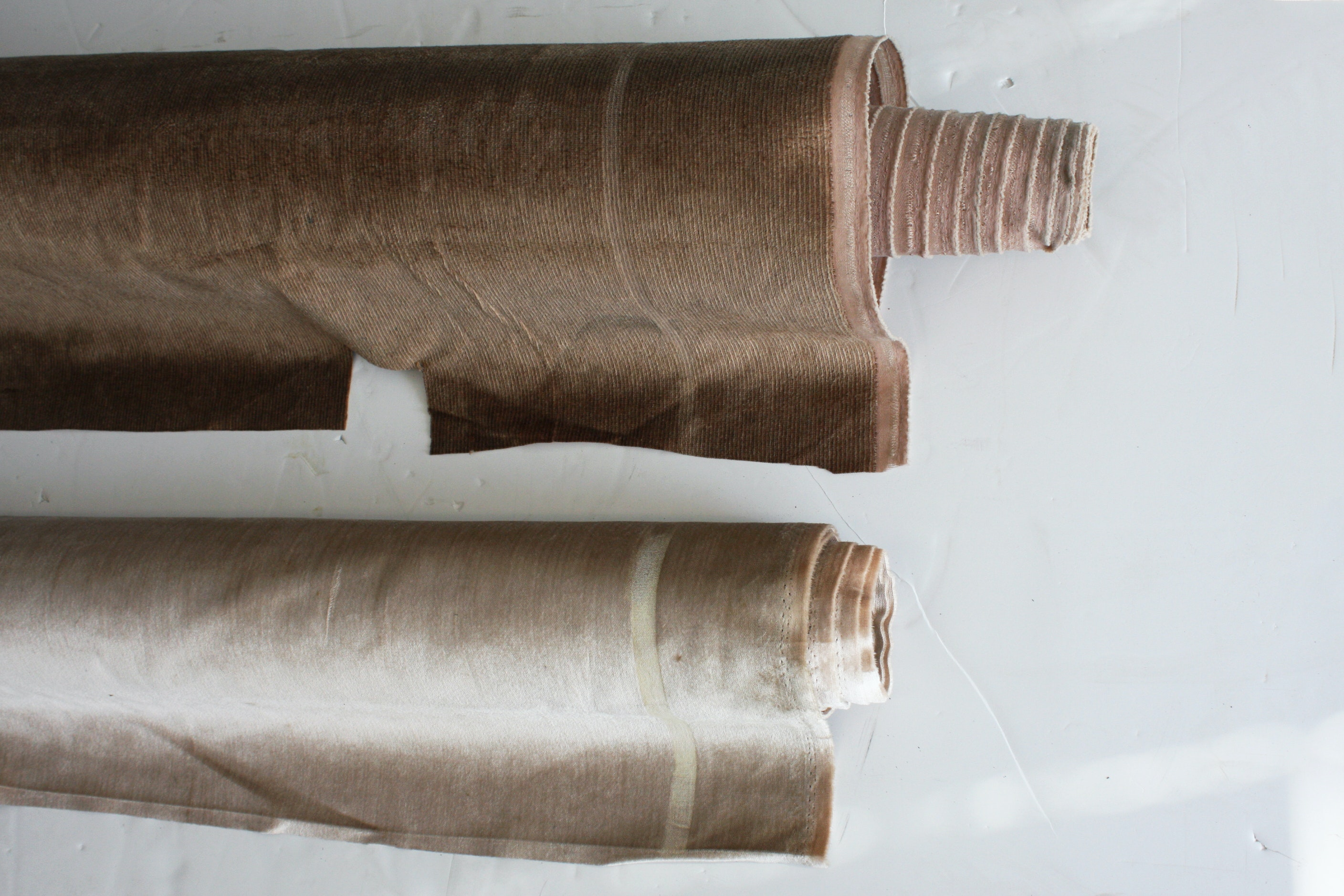 Polyester Brown and Antique White Upholstery Fabric Bolts