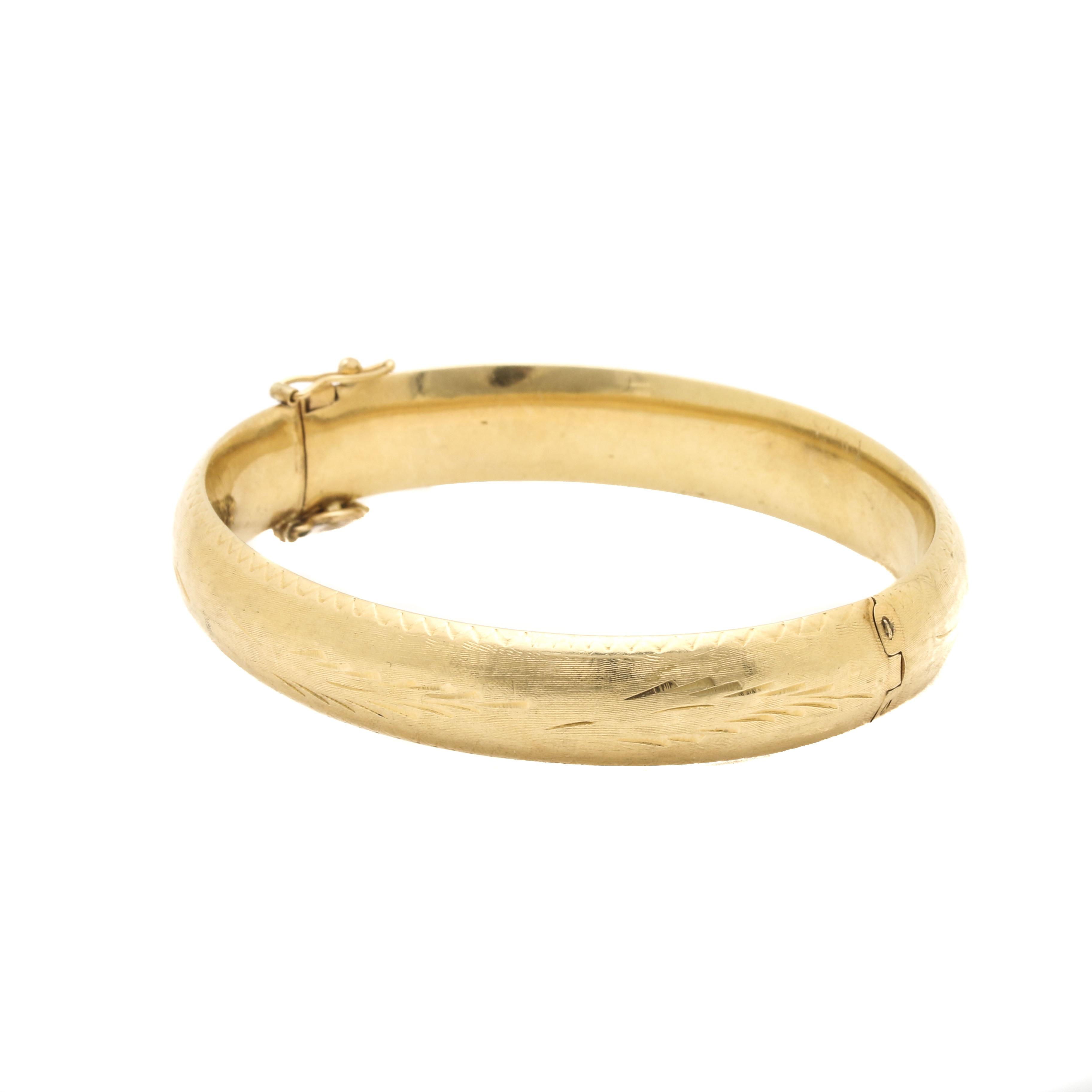 14K Yellow Gold Textured Hinged Bangle