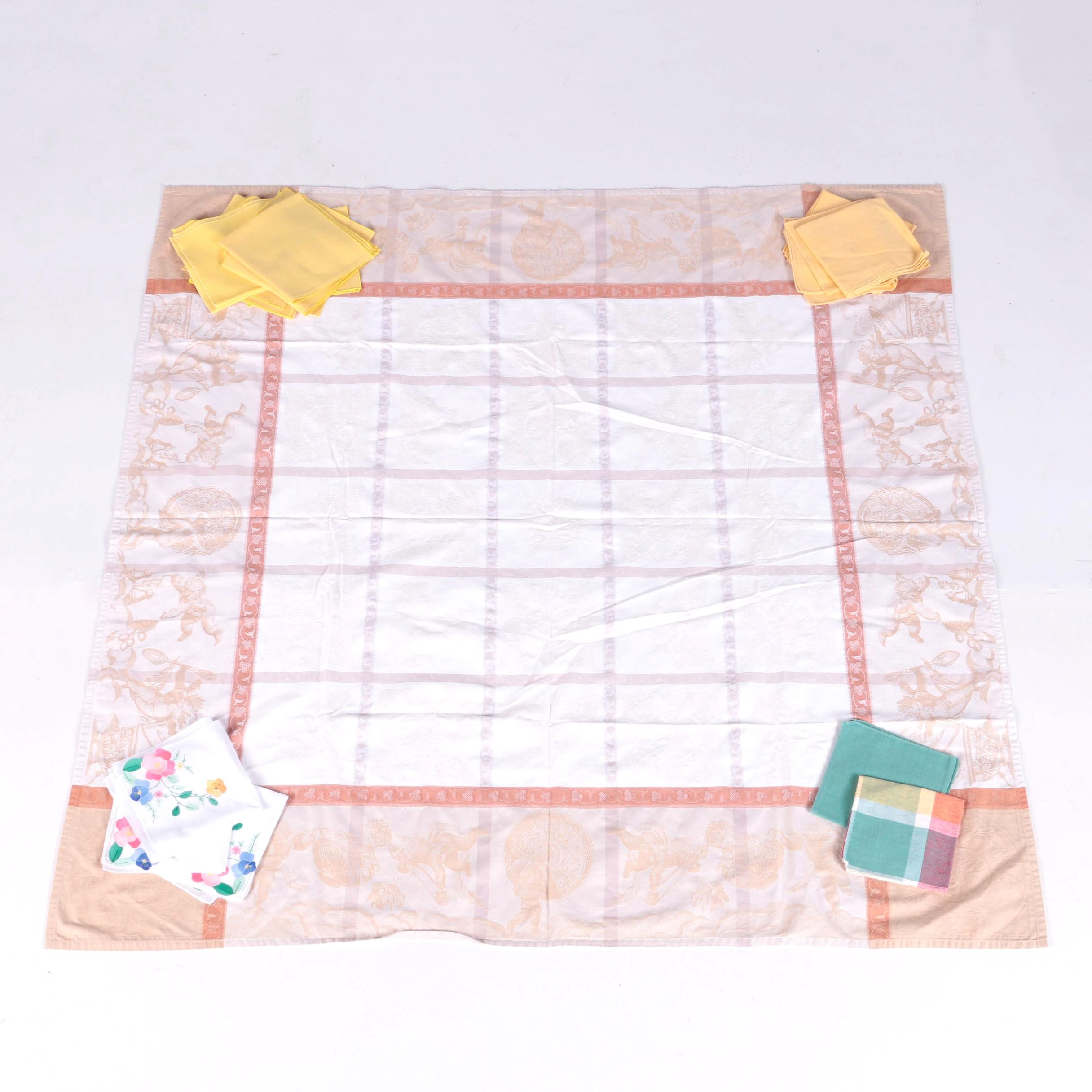 Jacquard Tablecloth and Assorted Napkins