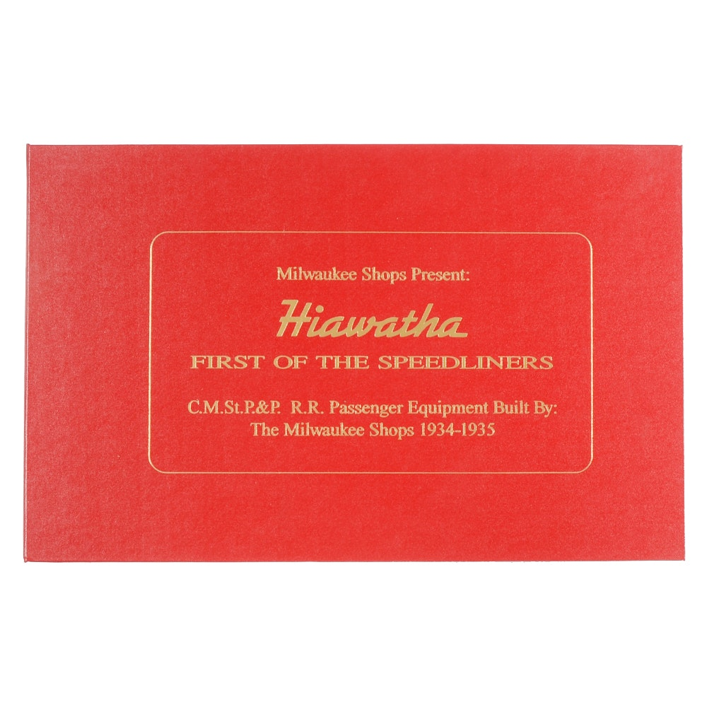 "Book of ""Hiawatha First of the Speedliners"""