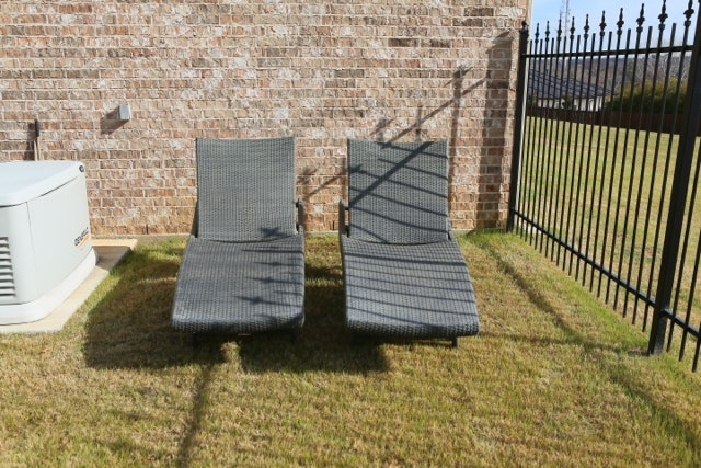 Wicker Patio Lounge Chairs