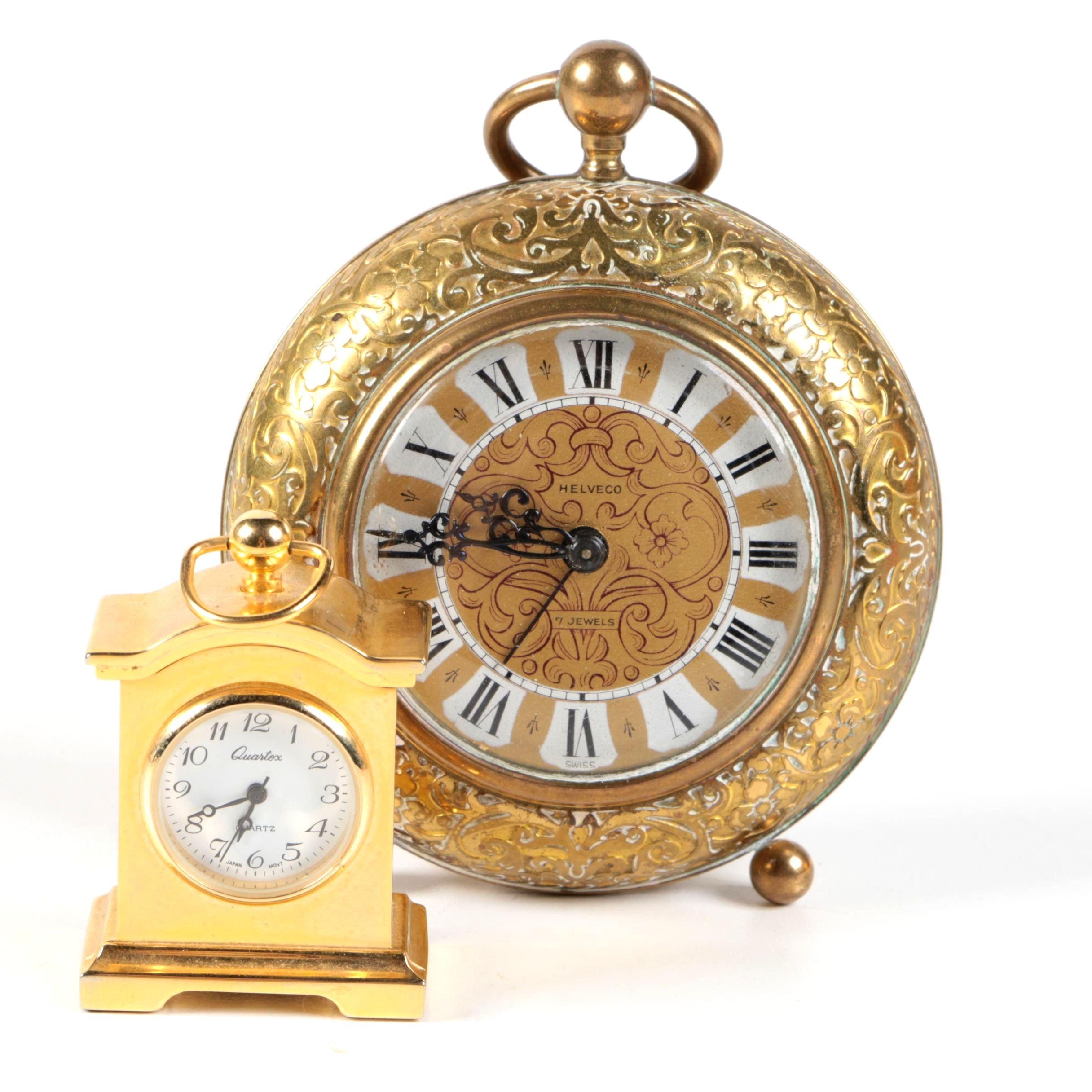 Pairing of Desk Clocks