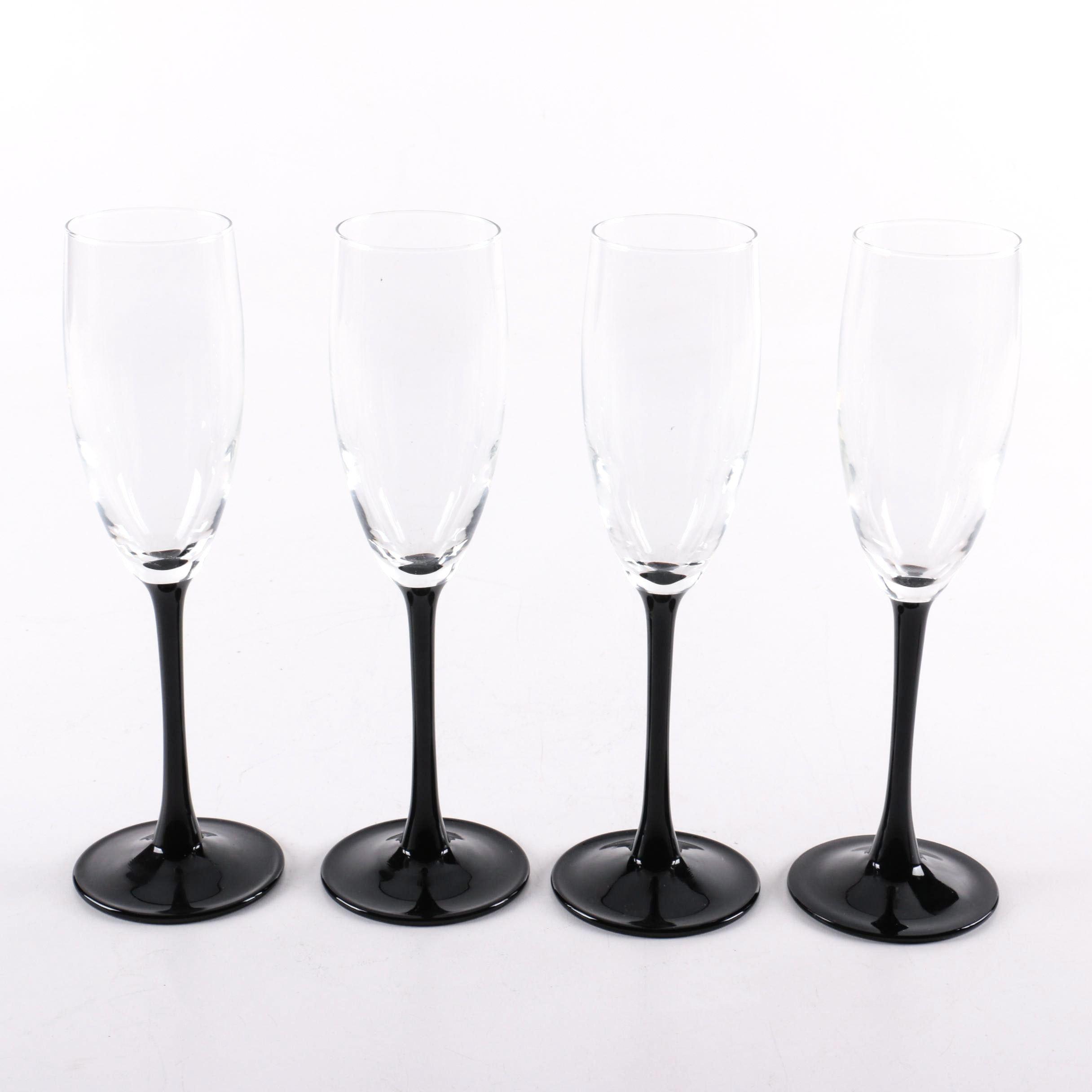 Black Stemware Champagne Flutes