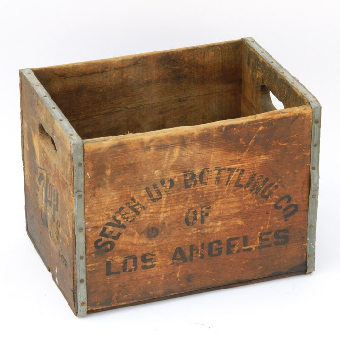 Vintage Seven Up Bottling Co. of Los Angeles Crate