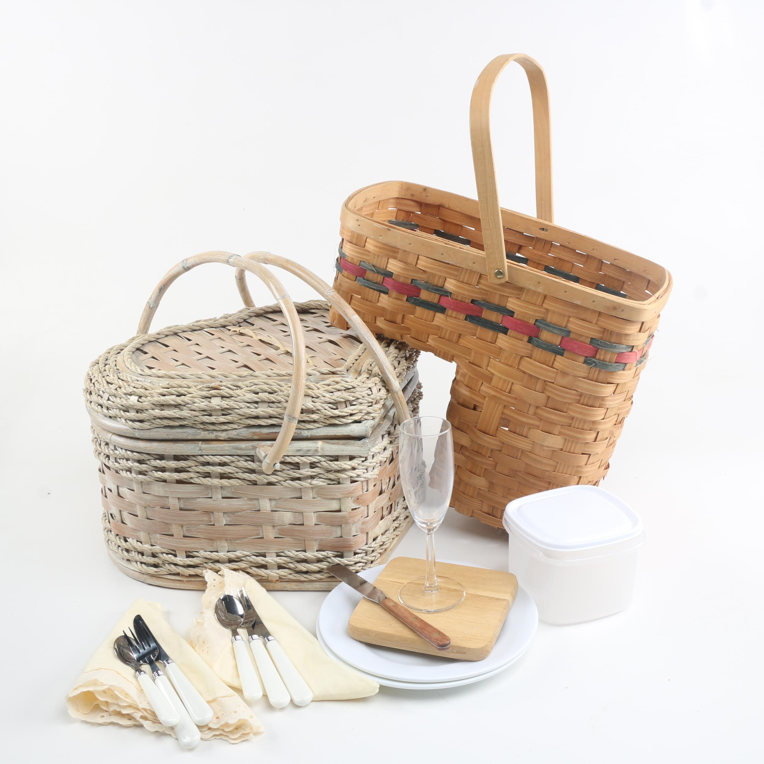 Superbe Picnic Basket And Stairway Basket ...