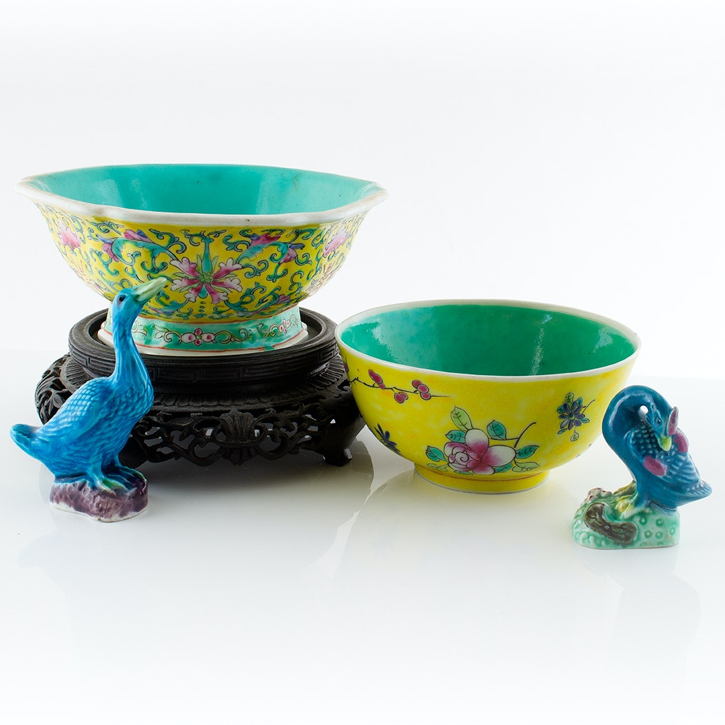Hand-Painted Chinese Foliate Bowls and Duck Figurines