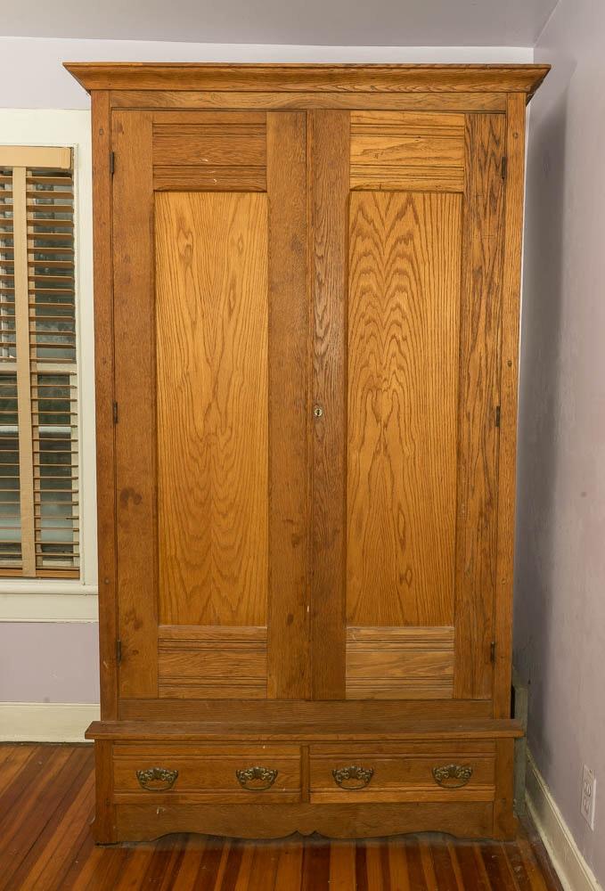 Victorian Oak Wardrobe