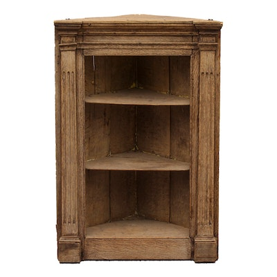 Antique Corner Cabinet - Vintage And Antique Cabinets Auction In Roberts Antiques Store