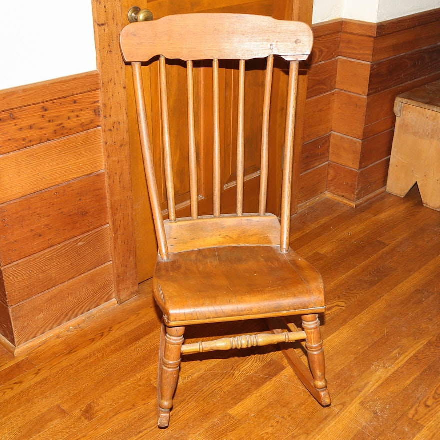 Antique Nursing Rocking Chair ... - Antique Nursing Rocking Chair : EBTH