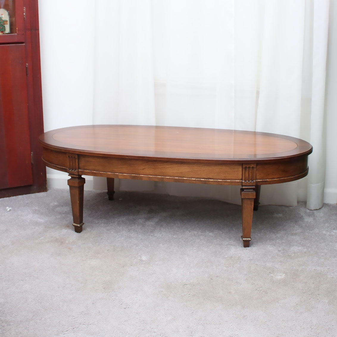 Vintage sheraton style coffee table ebth Vogue coffee table