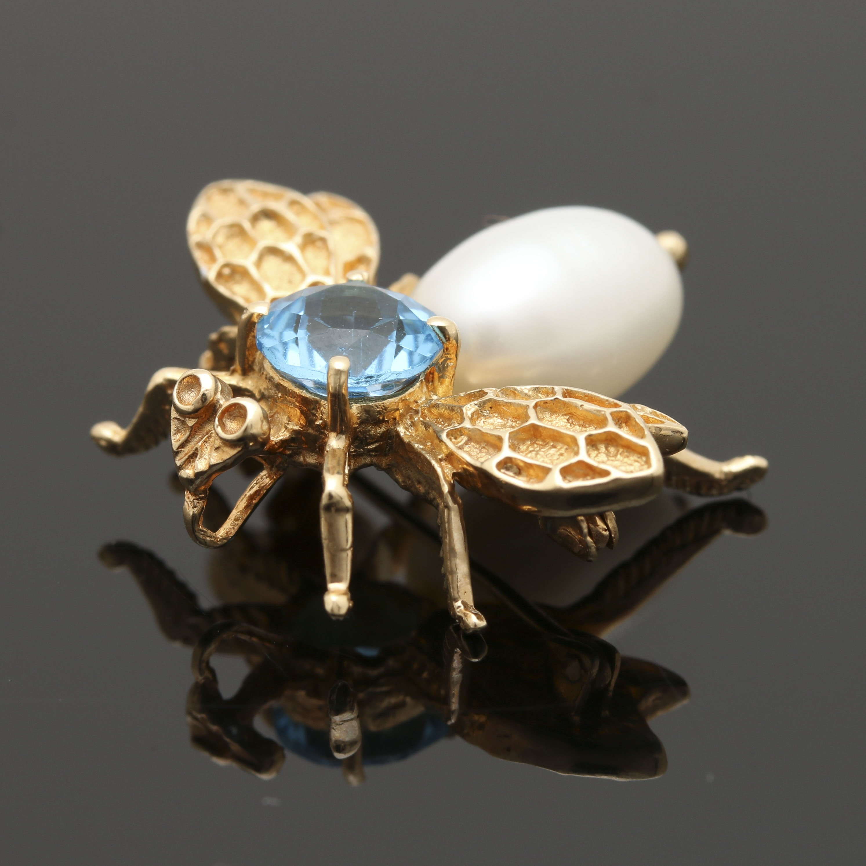 14K Yellow Gold Blue Topaz and Cultured Pearl Bee Brooch