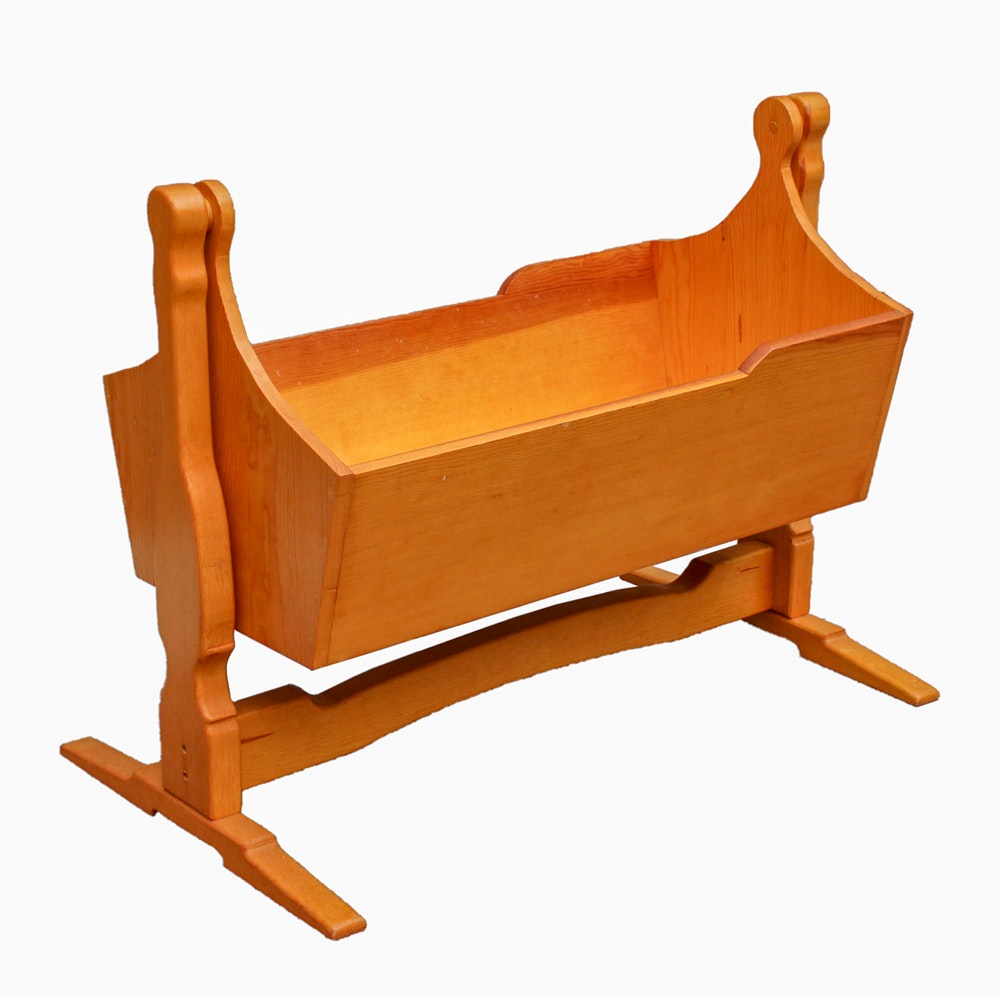 Decorative Musical Pine Cradle On Stand