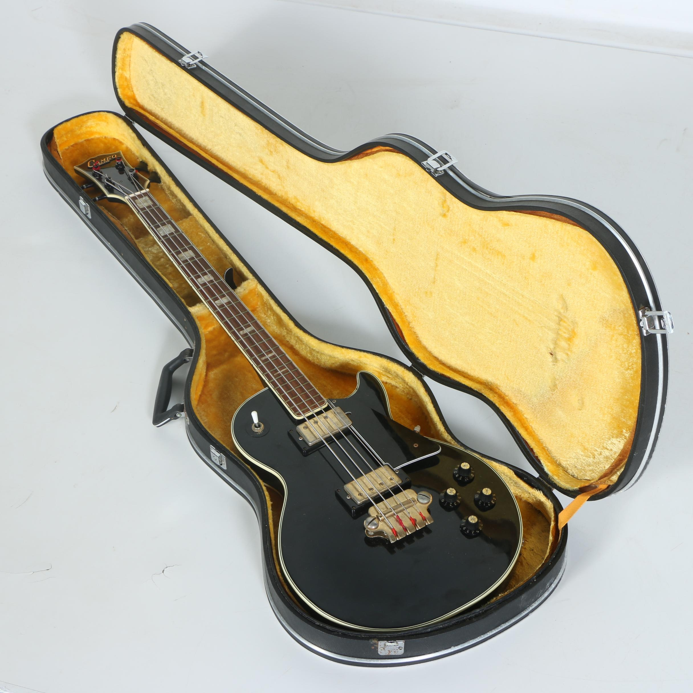 Cameo Deluxe 1960s Electric Bass Guitar with Case