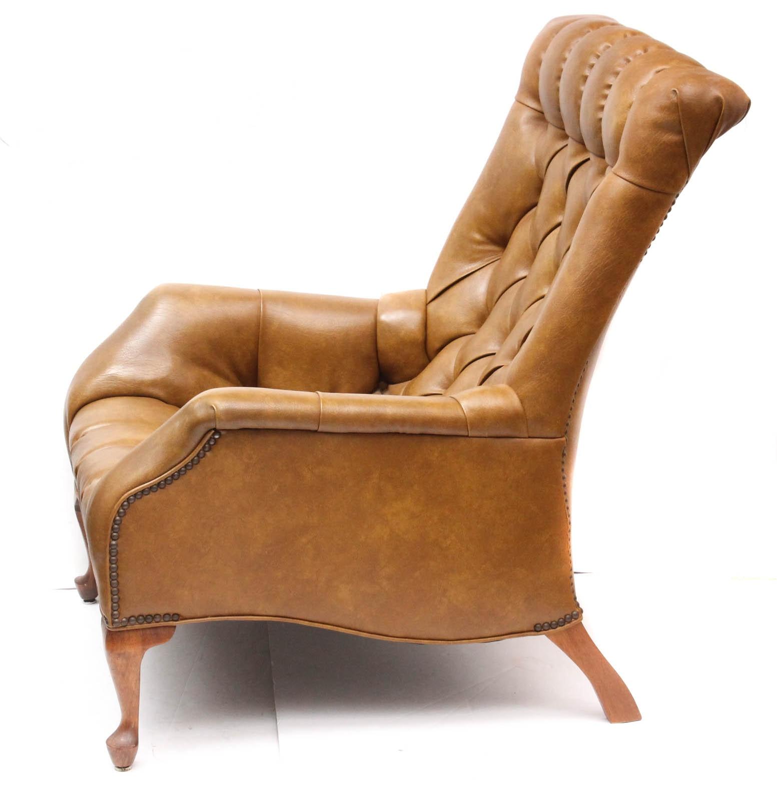 Sleepy Hollow Auto >> Vintage Sleepy Hollow Chair with Ottoman by Mall City Furniture : EBTH