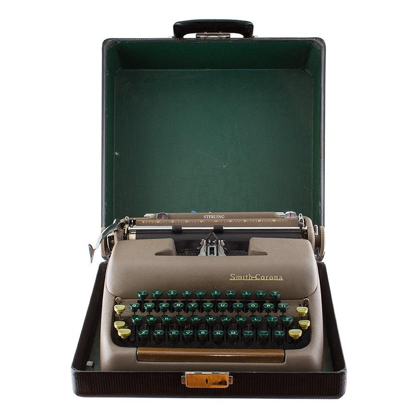 Mid Century Smith-Corona Typewriter, Circa 1950s