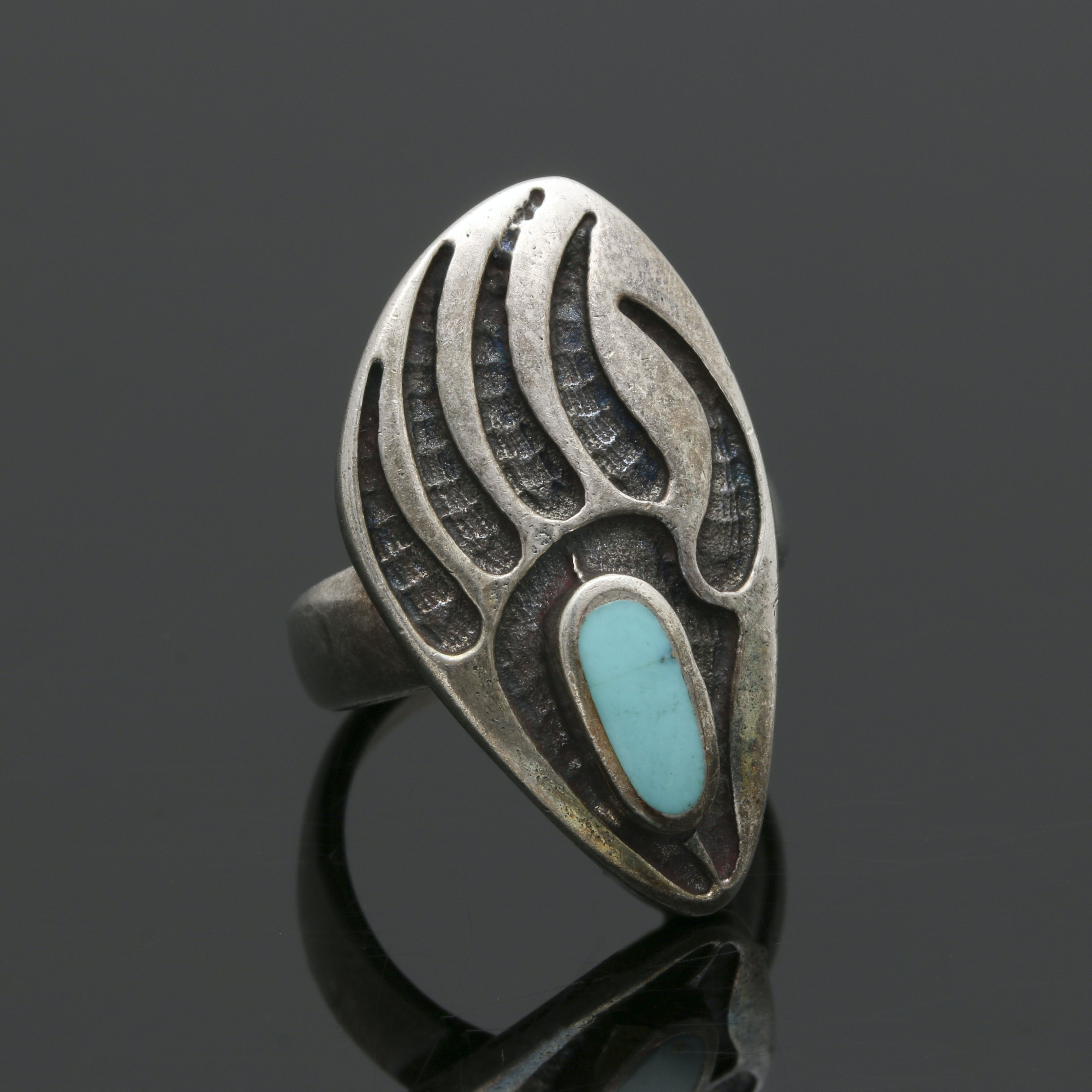 Southwestern Style Sterling Silver Turquoise Bear Paw Ring
