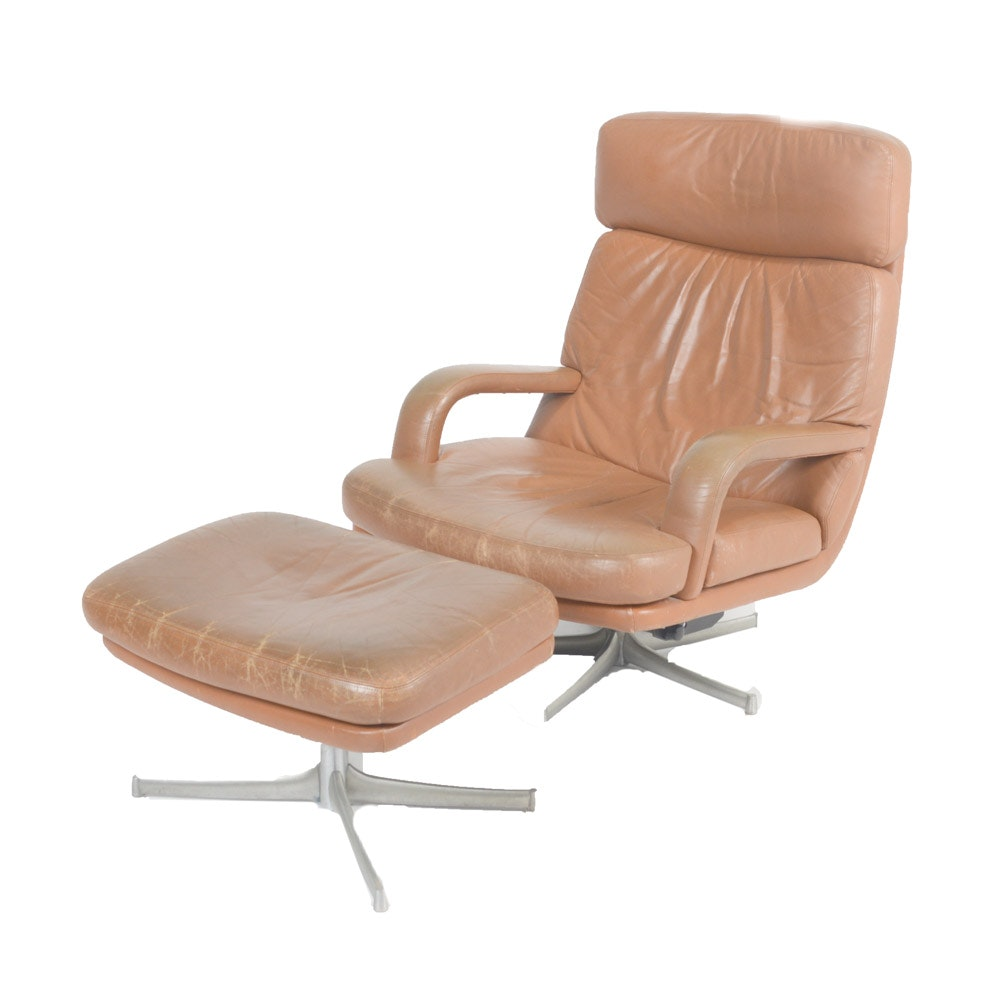 Mid Century Modern Leather Recliner and Ottoman by Walter Knoll