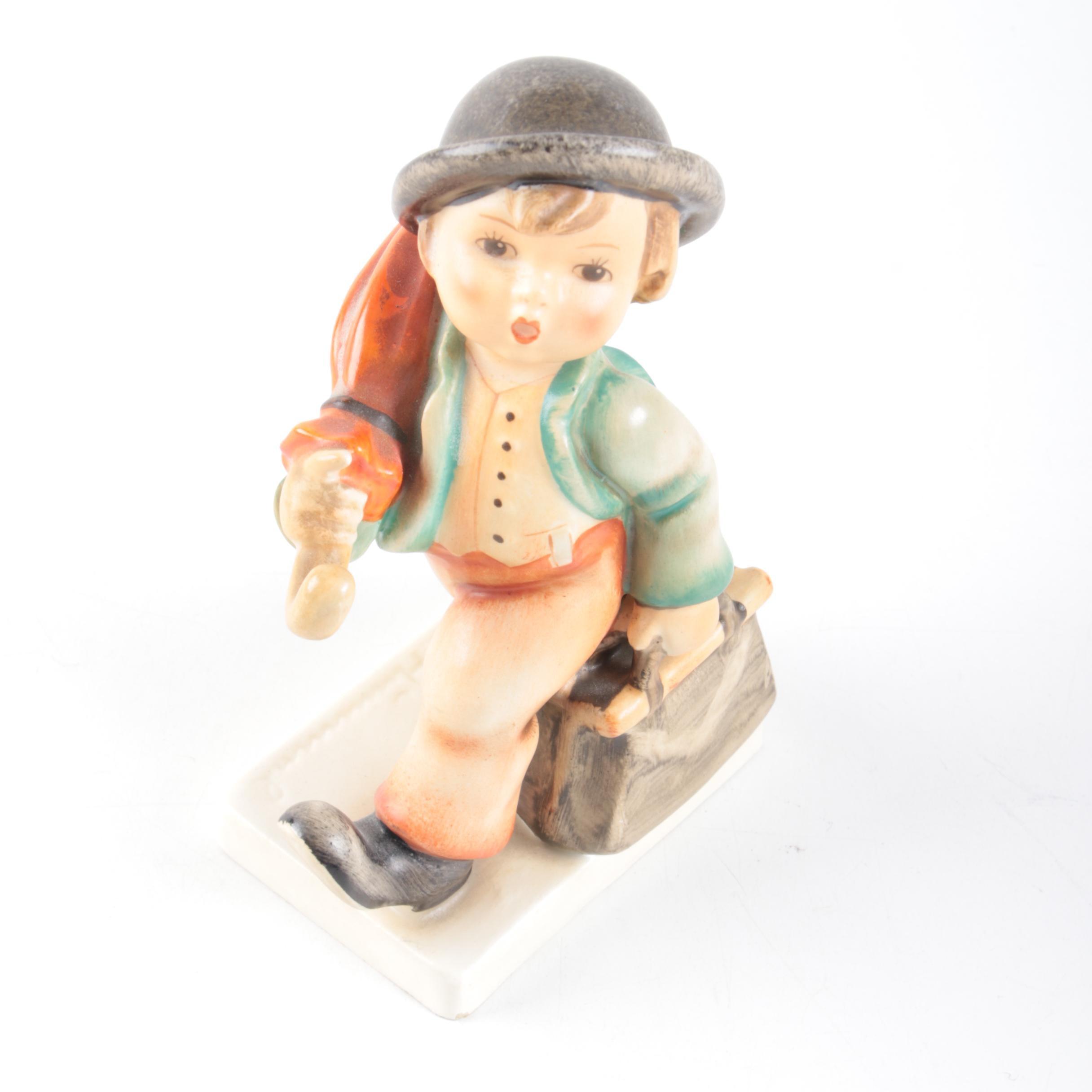 """Vintage Hummel """"Merry Wanderer"""" Porcelain Figurine"""