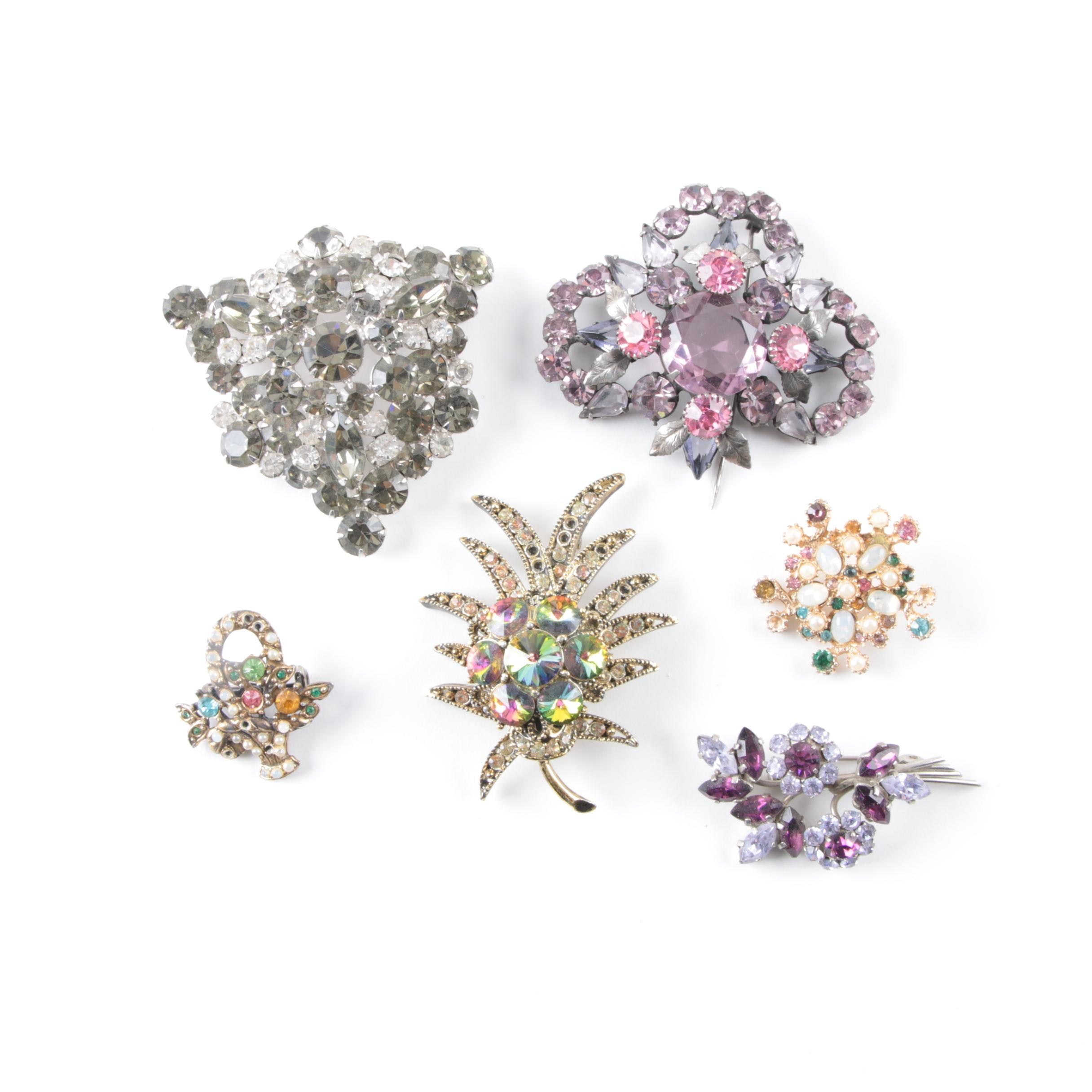 Vintage Costume Brooches Including Weiss