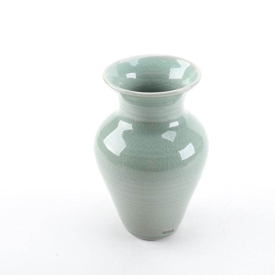 Simon Pearce Celadon Crackle Pottery Vase Ebth
