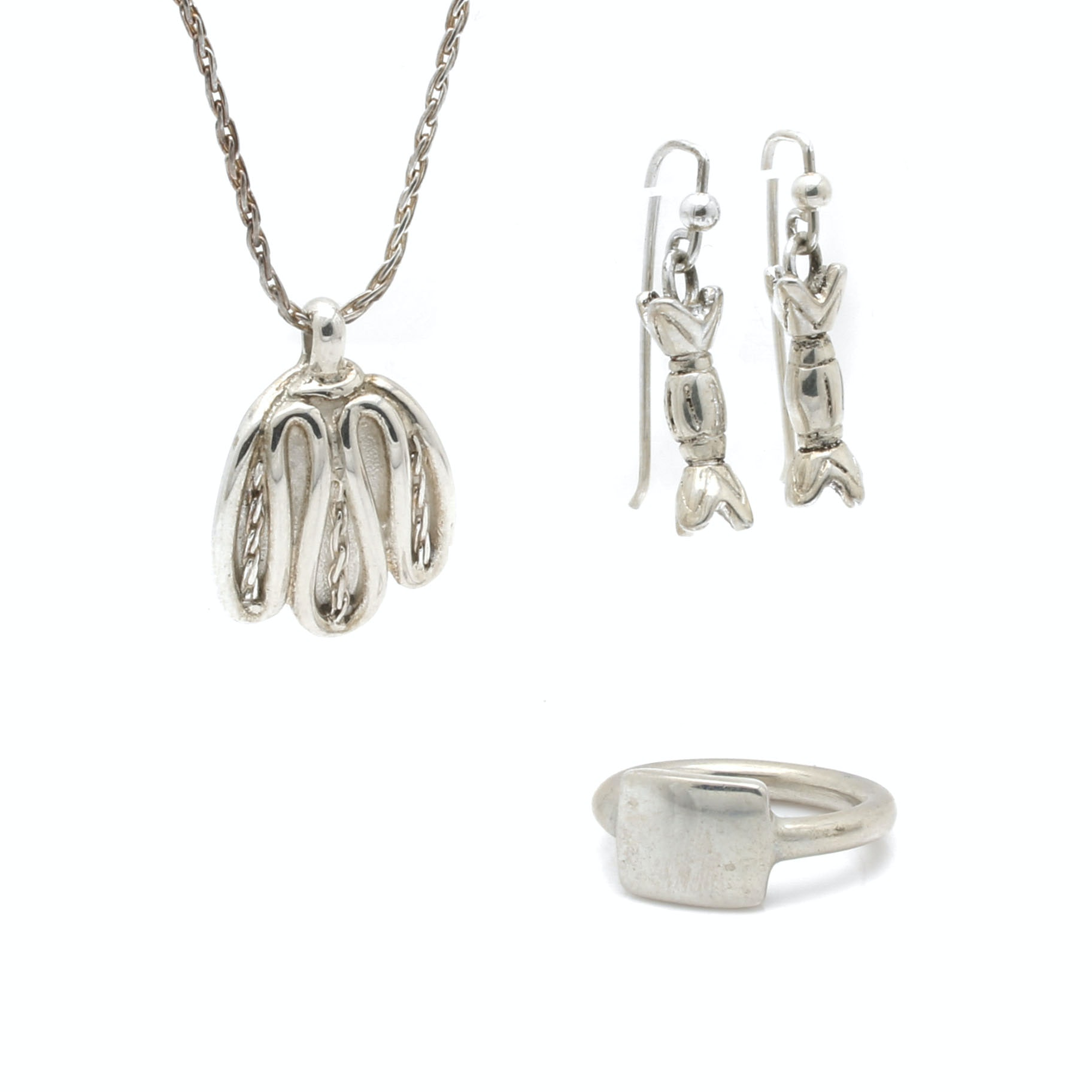 Selection of Bill Schiffer Sterling Silver Ring, Pendant Necklace and Earrings