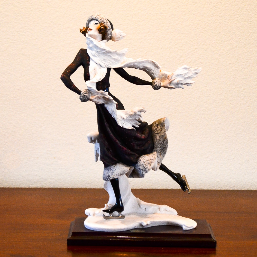 "1989 Giuseppe Armani Signed ""Winter"" Figurine"