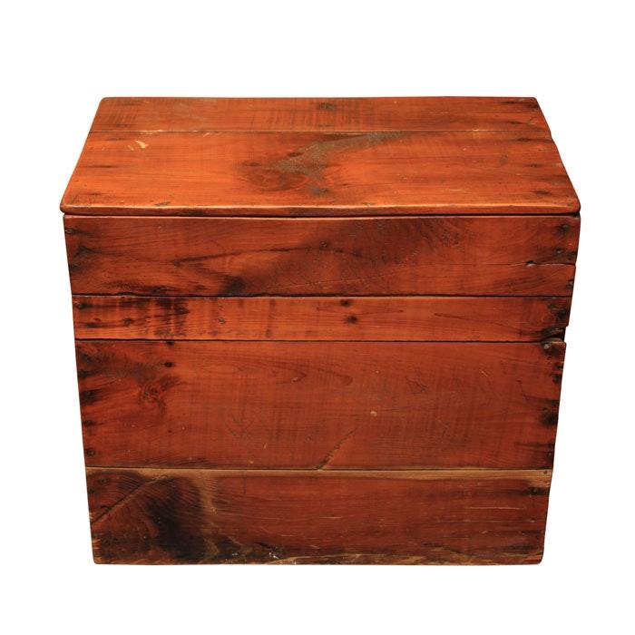 Rustic Pine Lidded Crate