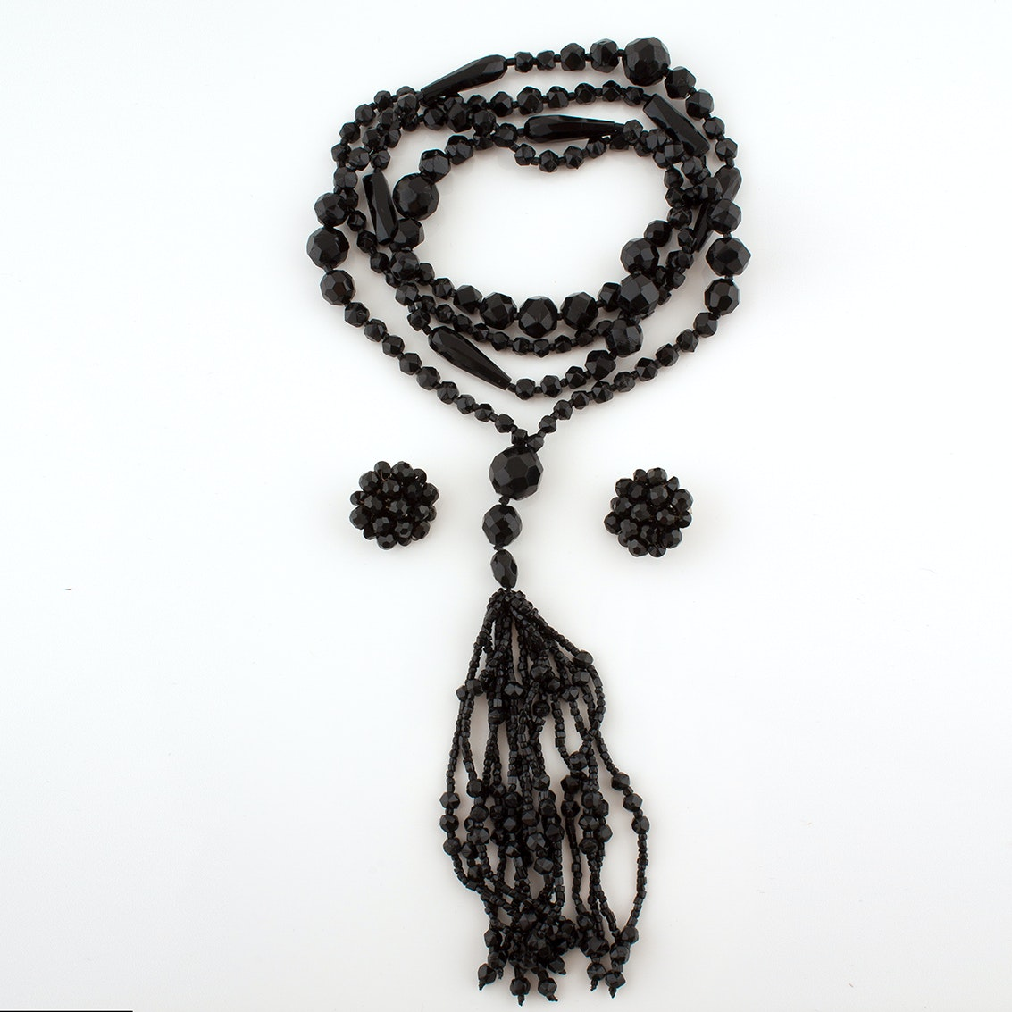 Period Flapper Tassel Necklace With Beaded Glass Earrings