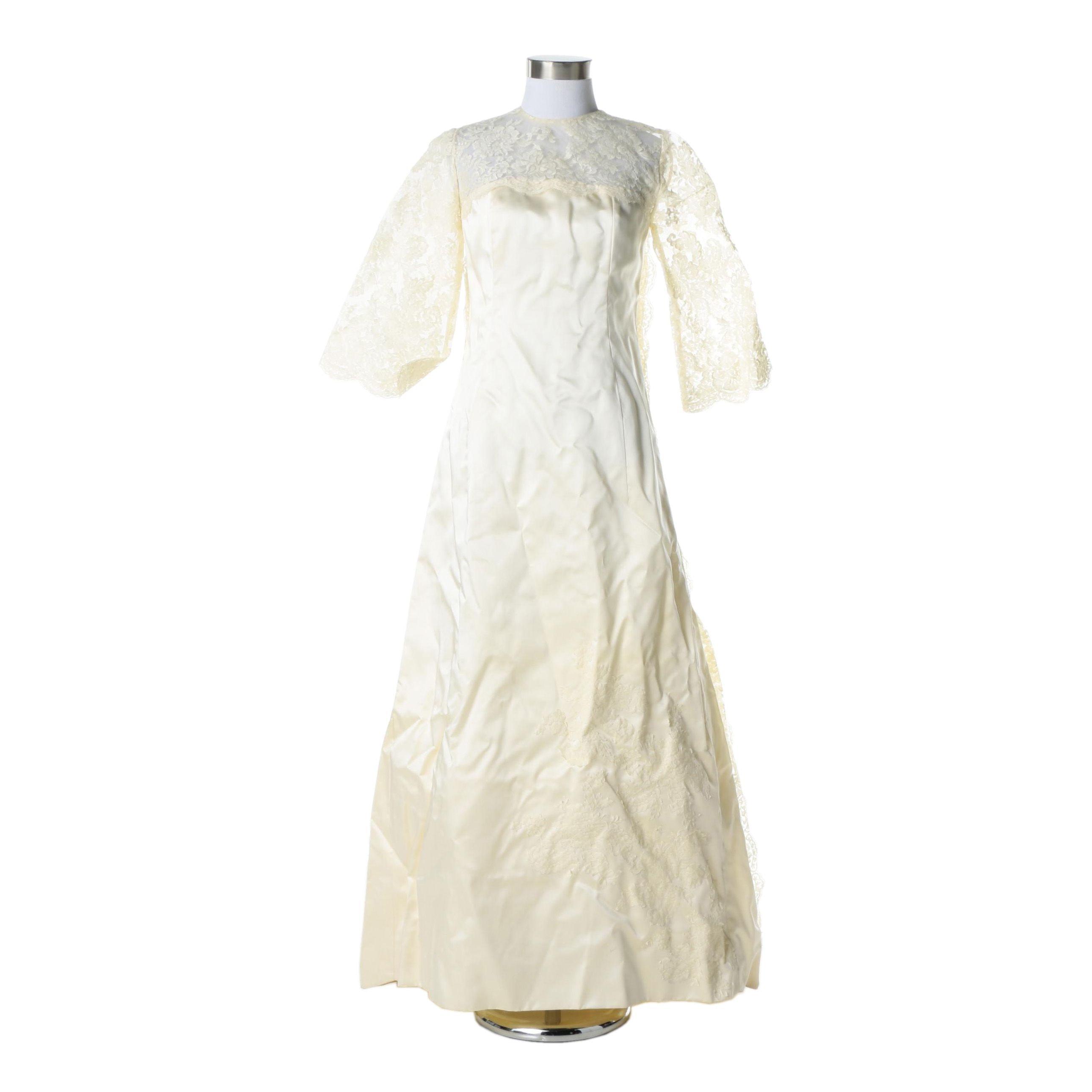 Circa 1950s Vintage Wedding Gown