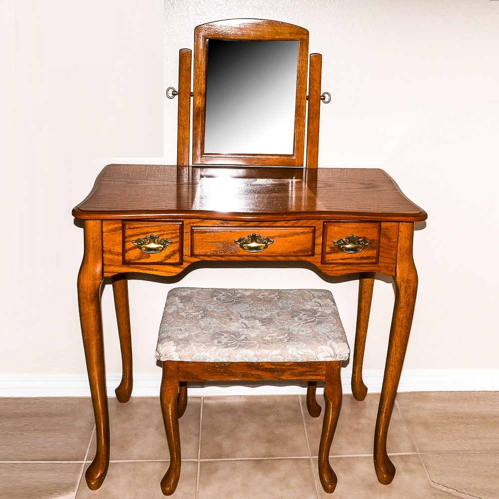 Oak Vanity Table with Bench Seat