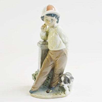 "Lladró ""Best Foot Forward"" Porcelain Figurine"
