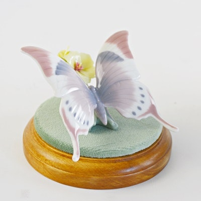 """Lladró """"A Moments Rest"""" Butterfly With Base Porcelain Figurine"""