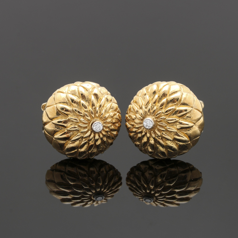 18K Yellow Gold Diamond Chrysanthemum Cufflinks