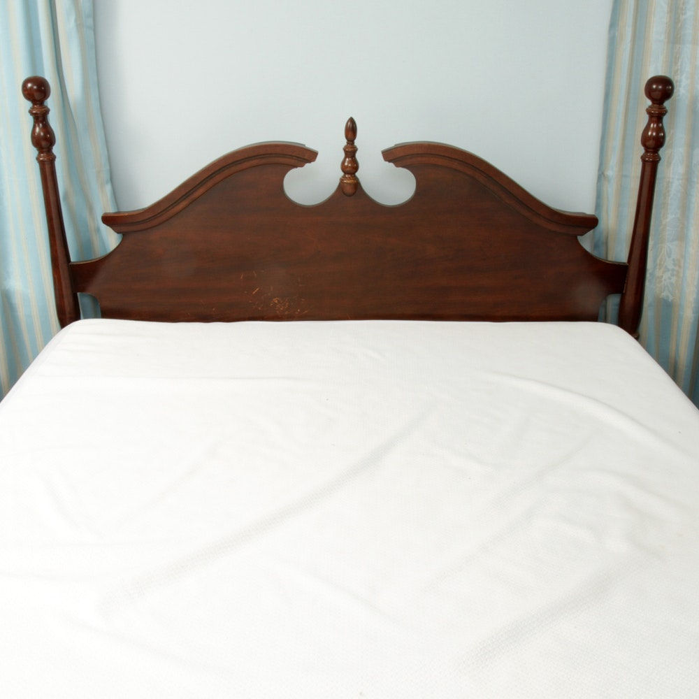 Colonial Style Full Size Headboard and Metal Bed Frame