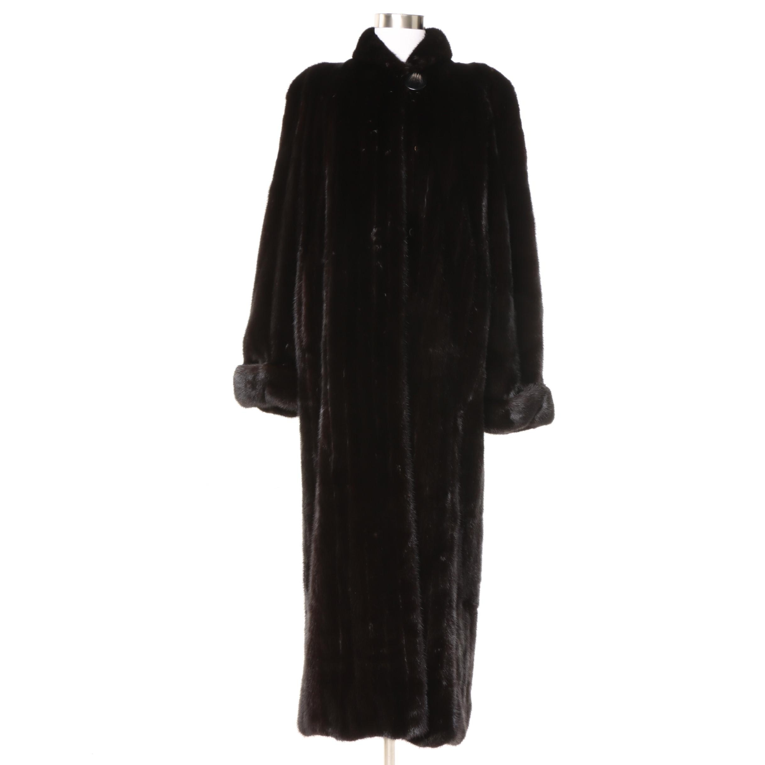 Luxurious Ranch Mink Full-Length Fur Coat