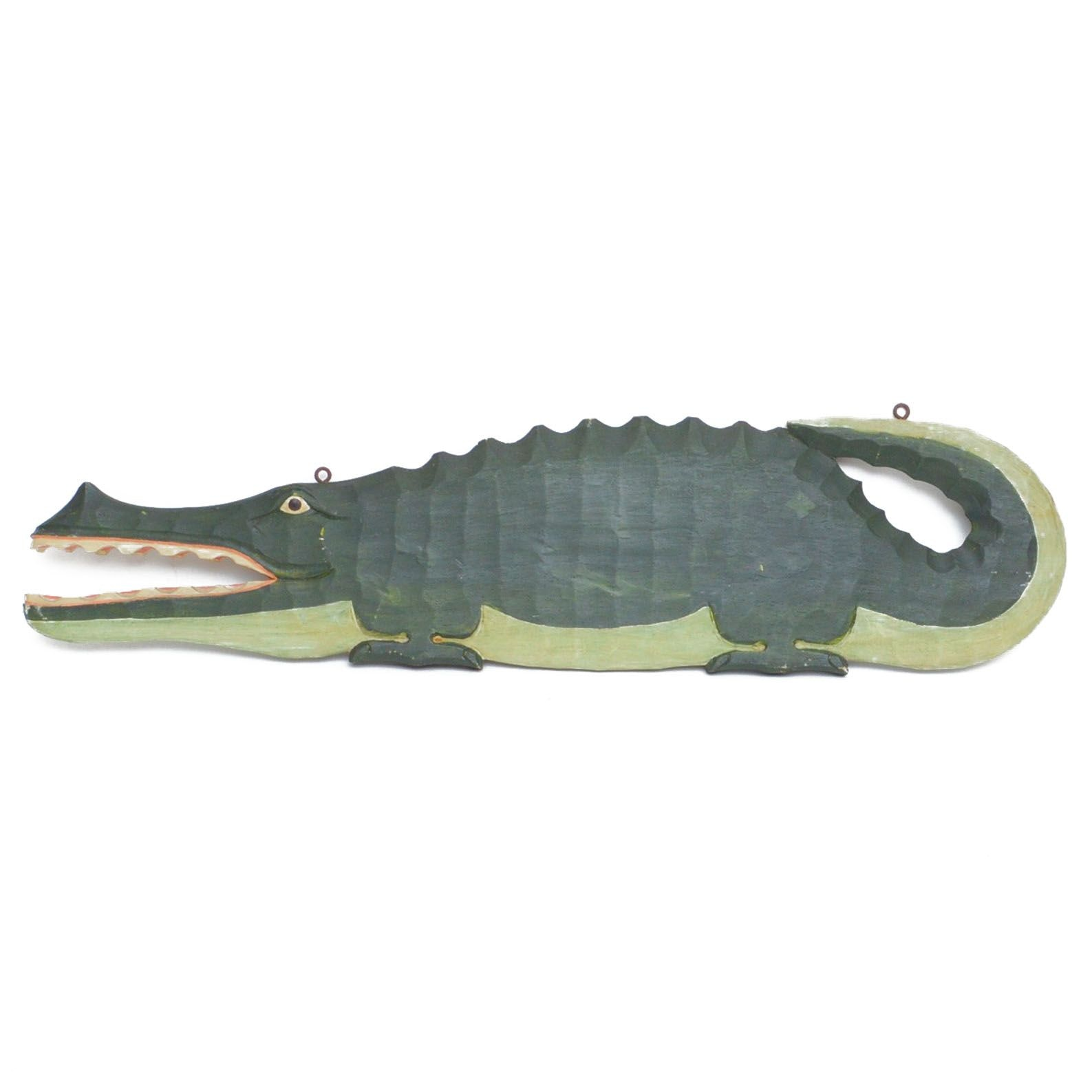 Double Sided Wood Alligator Wall Plaque