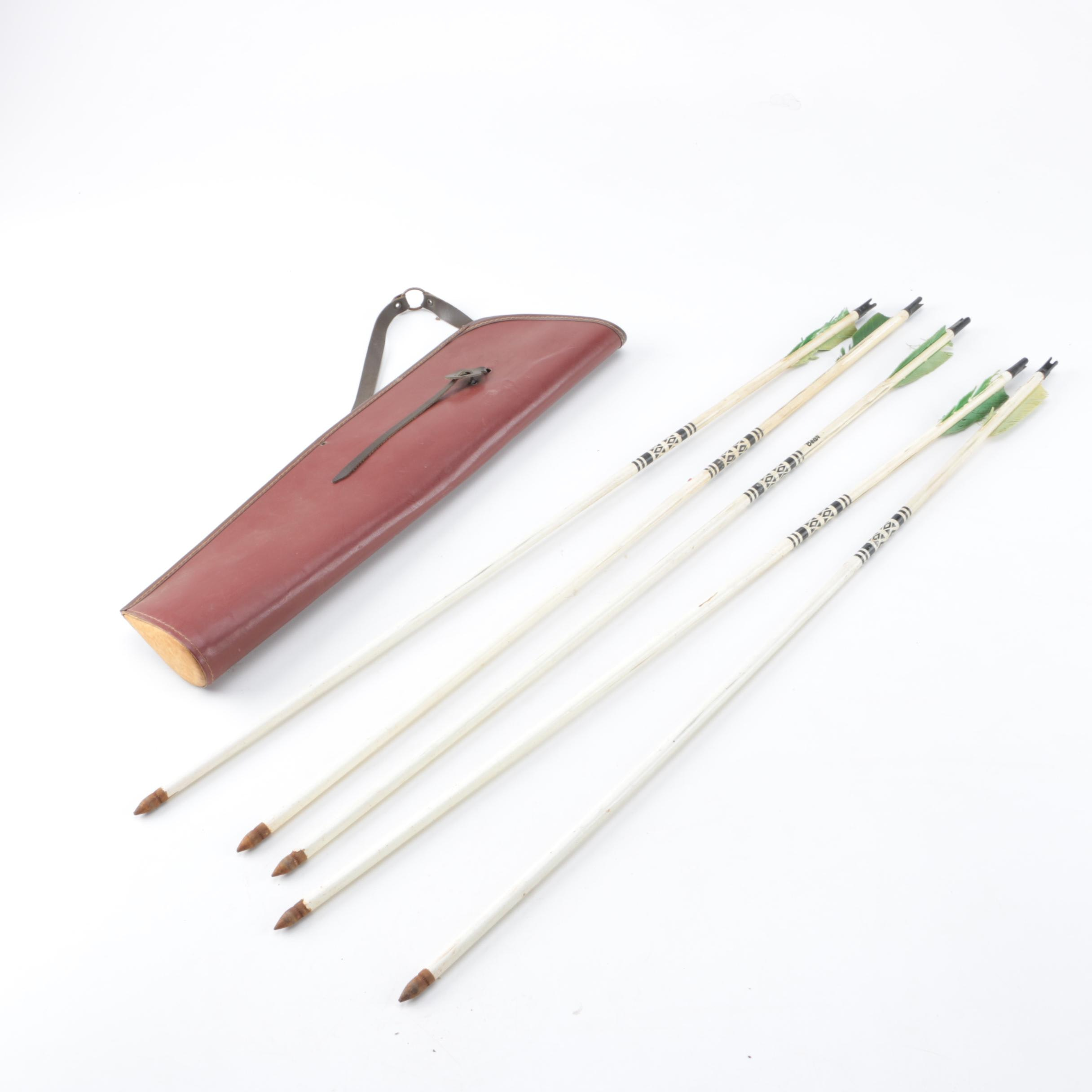 Bear Wooden Archery Arrows with Quiver